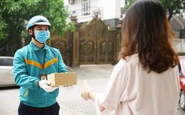 Làm gì để tránh lây nhiễm Covid-19 khi nhận hàng từ shipper?