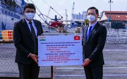 Tàu Hải quân Ấn Độ chở 100 tấn oxy hỗ trợ Việt Nam chống dịch Covid-19