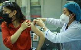 Hà Nội tìm người đến điểm tiêm vaccine Covid-19 tại trường THCS Trưng Vương