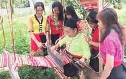 Hồi sinh nghề dệt thổ cẩm của đồng bào Thái xứ Nghệ