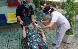 """Bộ Y tế đề nghị 4 tỉnh """"nóng"""" về dịch Covid-19 đẩy mạnh công tác tiêm chủng"""