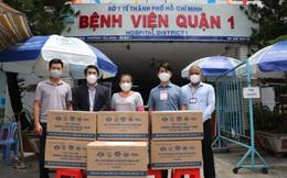 Nhiều doanh nghiệp tặng vật tư, trang thiết bị y tế cho TPHCM chống dịch Covid-19