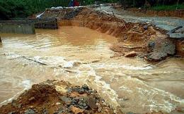 Thừa Thiên-Huế: Khẩn trương khắc phục sạt lở sau bão số 5