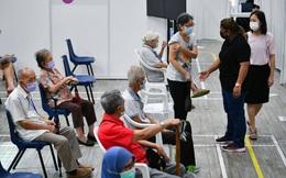 Singapore sẽ tiêm nhắc lại vaccine ngừa Covid-19 cho nhóm người cao tuổi và nhóm suy giảm miễn dịch