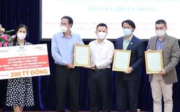 TPHCM tiếp nhận hỗ trợ trị giá 200 tỷ đồng của các doanh nghiệp để chống dịch