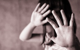 Hà Nội: Truy tố kẻ vào trường tiểu học, xâm hại nhiều học sinh nữ