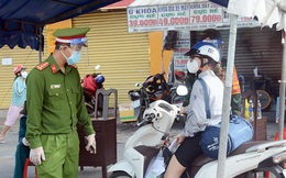 Hơn 7.500 công chức, viên chức ở TPHCM đăng ký cấp giấy đi đường
