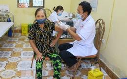Gần 1 triệu liều vaccine Vero Cell được Hà Nội phân bổ cho những quận, huyện nào?