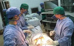 Bắc Hà (Lào Cai): Hàng trăm bệnh nhân tuyến dưới được tiếp cận kỹ thuật điều trị mới