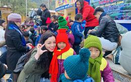 NSƯT Tố Nga tặng quà cho 1.400 trẻ em Mù Cang Chải