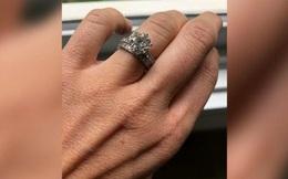 Tìm nhẫn cưới kim cương trong 30 tấn rác