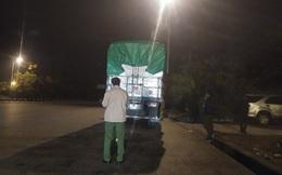 Bắt giữ 3 xe tải chở 30 tấn kẹo không rõ nguồn gốc vào Hà Nội