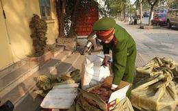 1 tấn thịt ngỗng xông khói và bánh kẹo nhập lậu từ Trung Quốc đưa về Hà Nội tiêu thụ