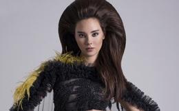 Hoa hậu Hoàn vũ Catriona Gray hút mắt trong trang phục của NTK Việt