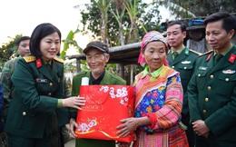 """Phụ nữ Quân đội """"đồng hành cùng phụ nữ biên cương"""" tại Hà Giang"""
