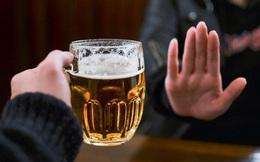 Bộ Y tế khuyến cáo: Cân nhắc trước mỗi ly rượu, bia chào năm mới