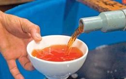 Nước mắm làm từ đầu tôm, dịch bột ngọt, soda và câu hỏi an toàn thực phẩm