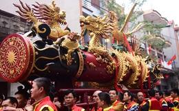 Hàng nghìn người tham dự lễ hội rước pháo Đồng Kỵ