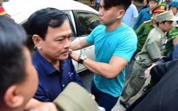 Vụ cựu Phó Viện trưởng VKSND Đà Nẵng dâm ô với trẻ em: TAND quận Hải Châu ra quyết định thi hành án