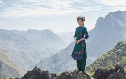 Ngắm họa tiết văn hóa cổ thời nhà Đinh, nhà Lê trên tà áo dài Tết