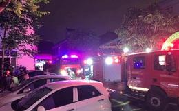 Giải cứu 7 nạn nhân mắc kẹt trong khu nhà sinh viên bốc cháy