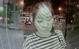 """Truy tìm cô gái """"nhặt"""" được gần 50 triệu đồng từ cây ATM vội bỏ đi"""