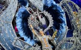 Tân Nữ hoàng lễ hội hóa trang ở Tây Ban Nha ăn mừng chiến thắng