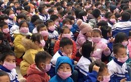 Nóng: Hàng chục học sinh, giáo viên có biểu hiện ho, sốt sau khi tiếp xúc với bố mẹ từ Trung Quốc về