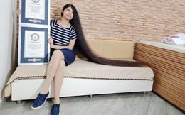 Kỷ lục Guinness thế giới của cô gái tóc mây dài hơn 1,9m
