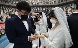 6.000 cặp đôi làm đám cưới tập thể giữa dịch nCoV