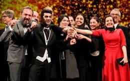 Phim Iran giành Gấu Vàng của Liên hoan Phim quốc tế Berlin 2020
