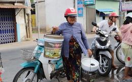 Người dân TP. Bến Tre xếp hàng xin nước ngọt mùa hạn mặn