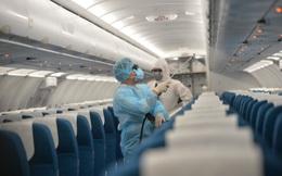 Hành khách trên các chuyến bay có trường hợp mắc Covid-19 được theo dõi sức khỏe như thế nào?