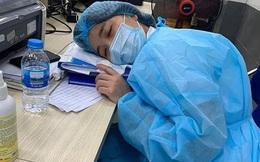 Cảm động trước hình ảnh y bác sĩ BV Bạch Mai chiến đấu với COVID-19 trong vòng phong tỏa