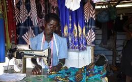 Vision Fund International giúp phụ nữ nghèo châu Phi vượt khó