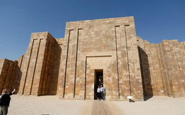 Ai Cập mở cửa trở lại kim tự tháp cổ nhất thế giới sau 14 năm trùng tu