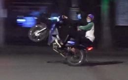 Bắt giữ 28 quái xế đua xe ở Hồ Gươm trong đêm cách ly