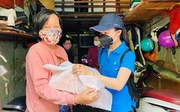 TPHCM: 5.000 phần quà đến với những người có hoàn cảnh khó khăn trong dịch Covid-19