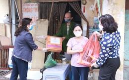 Hội LHPN Hà Nội trao 170 suất quà hỗ trợ lao động di cư mùa dịch Covid-19