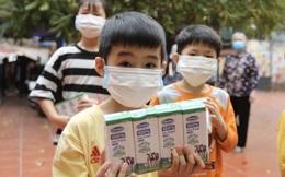 Vinamilk và Quỹ sữa Vươn cao Việt Nam dành 12,5 tỷ đồng tặng 1,7 triệu ly sữa cho trẻ em khó khăn trên cả nước