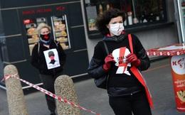 Người dân Ba Lan xuống đường phản đối luật phá thai giữa dịch Covid-19