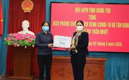 Hội LHPN tỉnh Hưng Yên tặng 20 máy đo thân nhiệt tại Văn Lâm