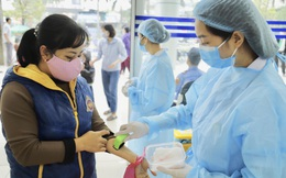 Bệnh viện K dựng khu dã chiến 30 giường, phục vụ khám cách ly bệnh nhân Covid-19