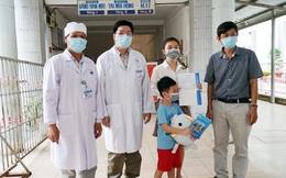 Bé 6 tuổi mắc Covid-19 được công bố khỏi bệnh