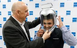 Các nhà khoa học Nga phát minh ra mũ bảo hiểm chống virus corona