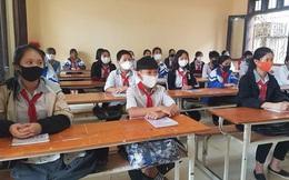 Nghệ An: Đo thân nhiệt, ngồi giãn cách khi học sinh trở lại trường