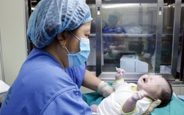 Nữ điều dưỡng BV Bạch Mai đặt tên con là Hạ Vy với mong muốn hạ gục Covid-19