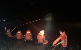 Hai chú cháu đuối nước khi đánh cá trong đêm