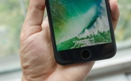 Cận cảnh những chiếc iPhone 7 'xách tay' đầu tiên tại Việt Nam