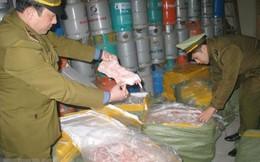 Điện Biên: Tiêu hủy gần 100kg nội tạng dê bốc mùi không rõ nguồn gốc xuất xứ
